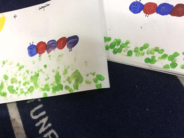 caterpillar-finger-painting